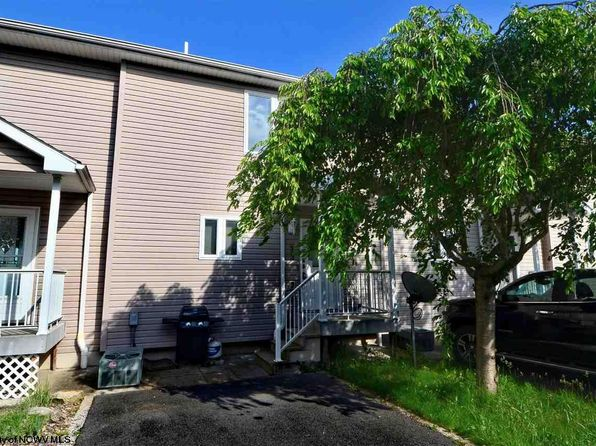 2 bed 3 bath Townhouse at 903 Pierpont Hts Morgantown, WV, 26508 is for sale at 155k - 1 of 20