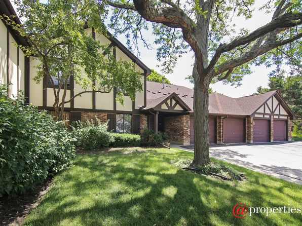 2 bed 2 bath Condo at 1025 Cottonwood Ct Wheeling, IL, 60090 is for sale at 169k - 1 of 10