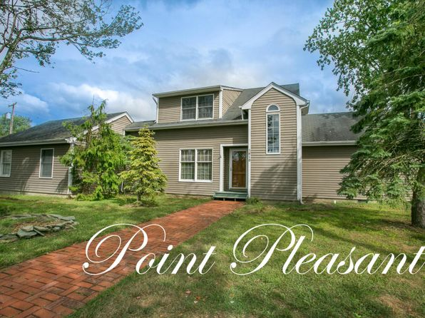 3 bed 2 bath Single Family at 1610 Peacock Ln Point Pleasant Boro, NJ, 08742 is for sale at 359k - 1 of 36