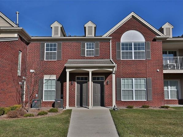 2 bed 2 bath Condo at 27073 Carrington Pl Harrison Township, MI, 48045 is for sale at 160k - 1 of 25