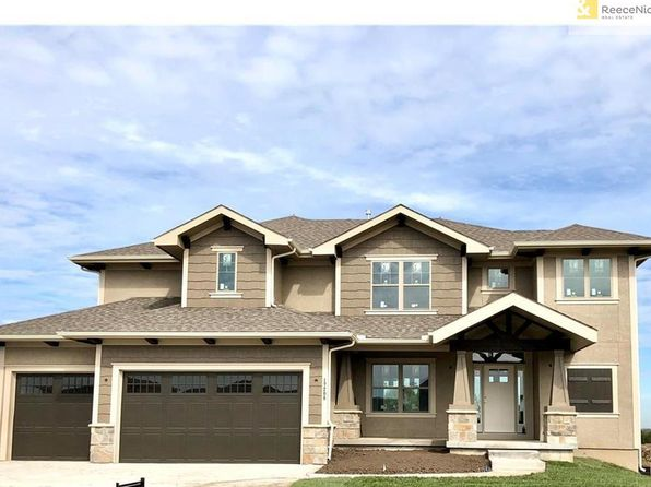 5 bed 4 bath Single Family at 17208 W 197th Terrace Ter Spring Hill, KS, 66083 is for sale at 393k - 1 of 23