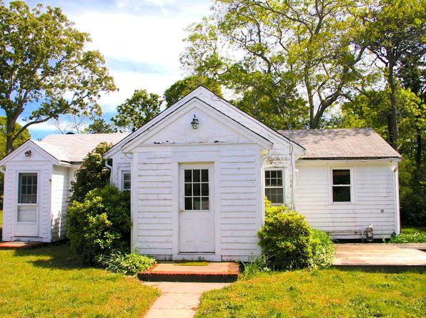 3 bed 2 bath Multi Family at 90 RAILROAD AVE EASTHAM, MA, 02642 is for sale at 299k - 1 of 12