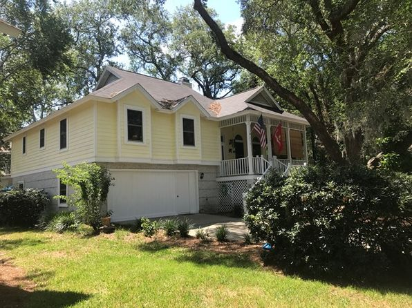 3 bed 2 bath Single Family at 118 Grand Oaks Ln St Simons Island, GA, 31522 is for sale at 358k - 1 of 32