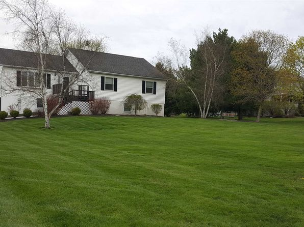 4 bed 2 bath Single Family at 21 Smith Rd Pleasant Valley, NY, 12569 is for sale at 340k - 1 of 28