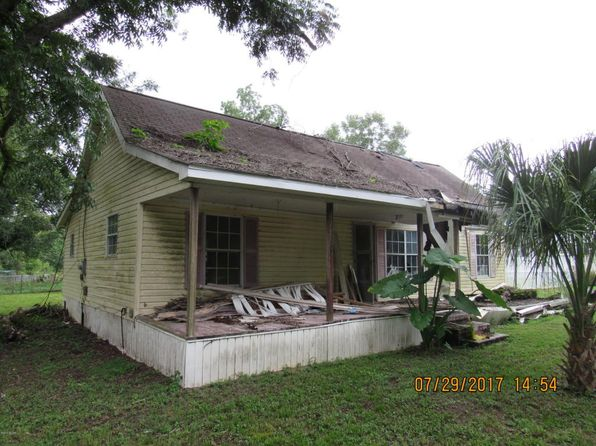 3 bed 1 bath Single Family at 5240 DOTHAN ST CAMPBELLTON, FL, 32426 is for sale at 9k - 1 of 13