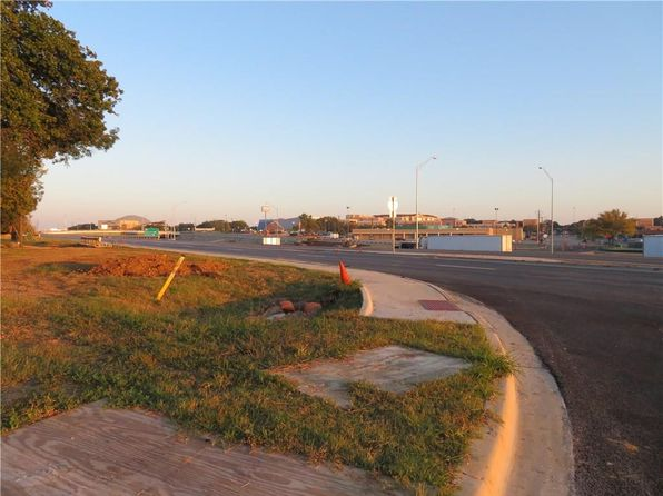 null bed null bath Vacant Land at 1200 Avenue C Denton, TX, 76205 is for sale at 100k - 1 of 8