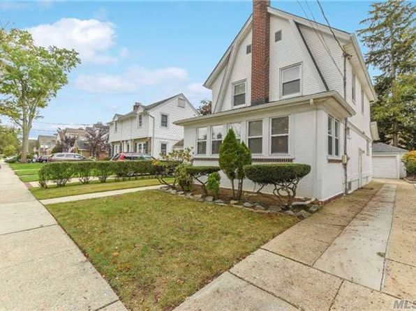 3 bed 1.5 bath Single Family at 82 Fenimore St Lynbrook, NY, 11563 is for sale at 569k - 1 of 19