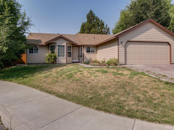 3 bed 2 bath Single Family at 2209 SW 30th Ct Redmond, OR, 97756 is for sale at 240k - 1 of 21