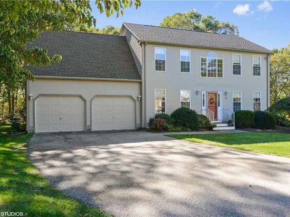 4 bed 3 bath Single Family at 50 Wingate Rd South Kingstown, RI, 02879 is for sale at 459k - 1 of 21
