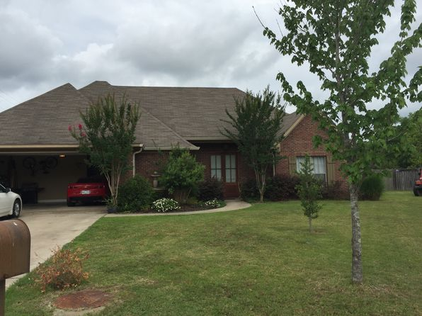 3 bed 2 bath Single Family at 100 Common Pointe Dr Flowood, MS, 39232 is for sale at 195k - 1 of 25
