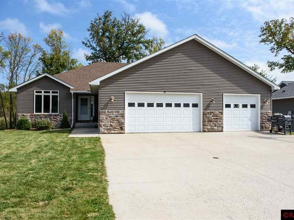 3 bed 2 bath Single Family at 105 Goldfinch Ct Mankato, MN, 56001 is for sale at 333k - 1 of 16