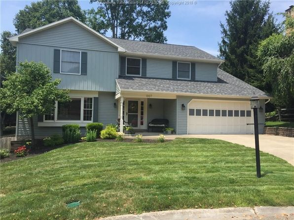 4 bed 3 bath Single Family at 7 Lynn Pl Charleston, WV, 25314 is for sale at 375k - 1 of 29