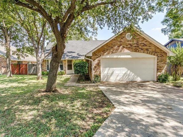 3 bed 2 bath Single Family at 7505 Boulder Cir Fort Worth, TX, 76123 is for sale at 139k - 1 of 33