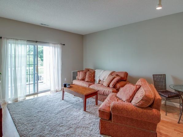 1 bed 1 bath Condo at 21 Hampshire Rd Methuen, MA, 01844 is for sale at 183k - 1 of 10