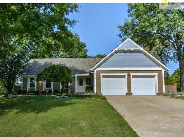 4 bed 5 bath Single Family at 4310 NW Lake Dr Lees Summit, MO, 64064 is for sale at 420k - 1 of 25