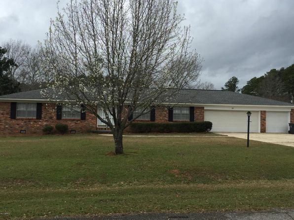 3 bed 2 bath Single Family at 8151 Rosewood Ln Meridian, MS, 39305 is for sale at 167k - 1 of 10