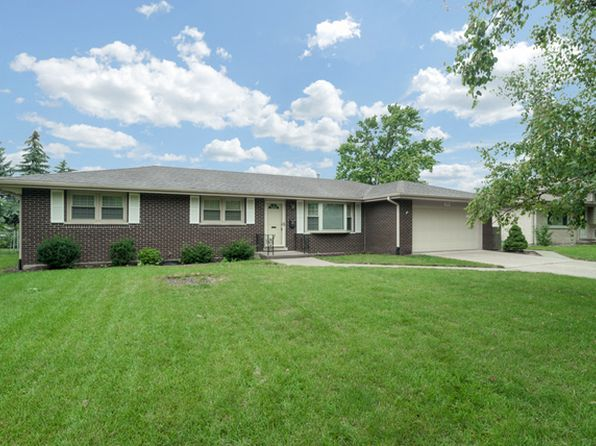 3 bed 2 bath Single Family at 405 Tana Ln Joliet, IL, 60435 is for sale at 185k - 1 of 25