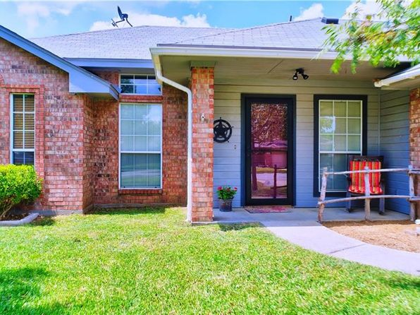 3 bed 2 bath Single Family at 308 Ridge Hollow Trl Venus, TX, 76084 is for sale at 125k - 1 of 16