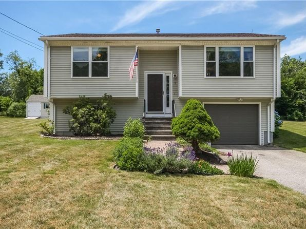 3 bed 1 bath Single Family at 9 Rockcrest Ln Johnston, RI, 02919 is for sale at 225k - 1 of 32