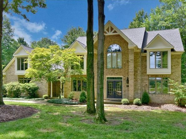 4 bed 4.5 bath Single Family at 104 Searight Dr Baden, PA, 15005 is for sale at 645k - 1 of 25