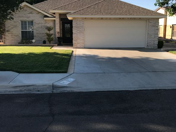 3 bed 2 bath Single Family at 1605 Cordoba Ln Hobbs, NM, 88240 is for sale at 219k - 1 of 19