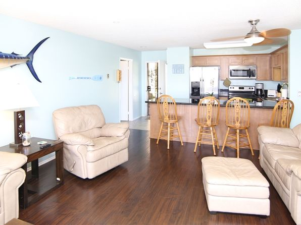 2 bed 2 bath Condo at 1855 Diamond St San Diego, CA, 92109 is for sale at 479k - 1 of 10