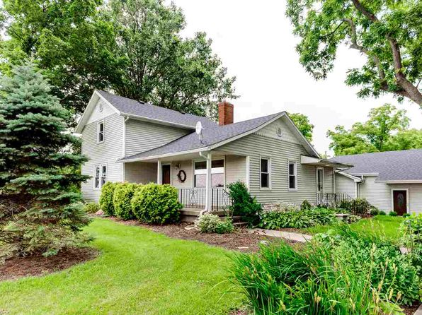 3 bed 2 bath Single Family at 9680 S 400 E-92 Roanoke, IN, 46783 is for sale at 299k - 1 of 34