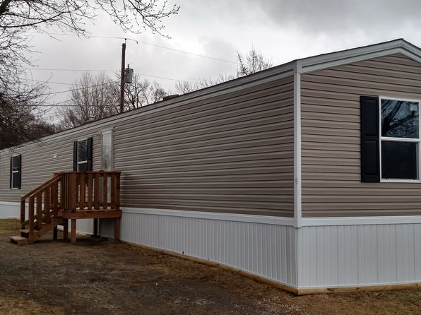 3 bed 2 bath Mobile / Manufactured at 1919 SE Adams St Topeka, KS, 66607 is for sale at 37k - 1 of 6