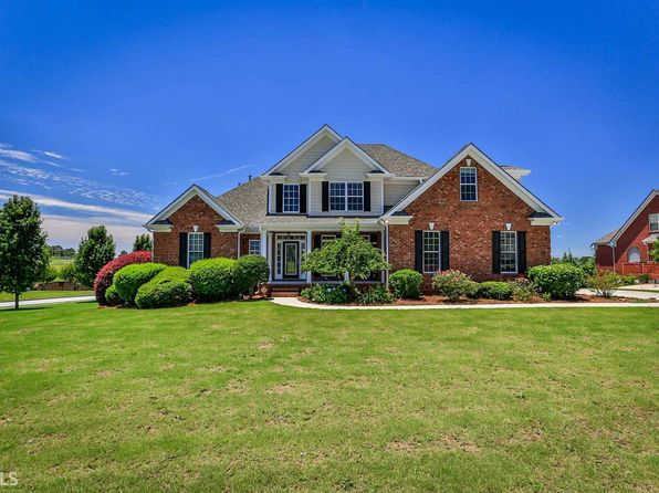 5 bed 3 bath Single Family at 400 Sara Ct Loganville, GA, 30052 is for sale at 350k - 1 of 34