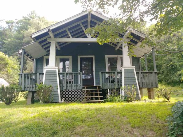 3 bed 1 bath Single Family at 222 Park St Springfield, VT, 05156 is for sale at 95k - 1 of 29