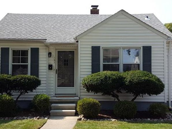 2 bed 1.5 bath Single Family at 131 N Altadena Ave Royal Oak, MI, 48067 is for sale at 175k - 1 of 14