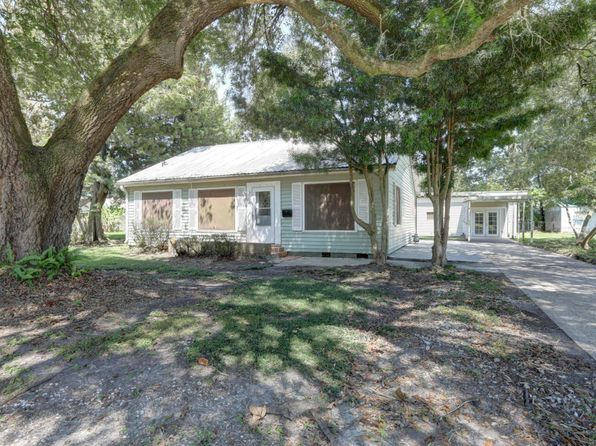 3 bed 2 bath Single Family at 711 Compton St New Iberia, LA, 70560 is for sale at 120k - 1 of 31