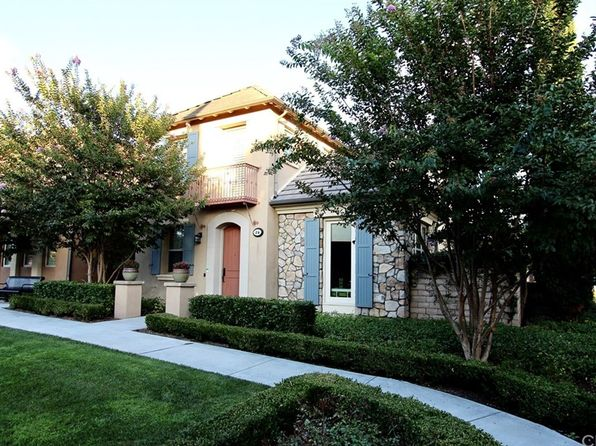 3 bed 3 bath Condo at 26 Twin Gables Irvine, CA, 92620 is for sale at 939k - 1 of 27