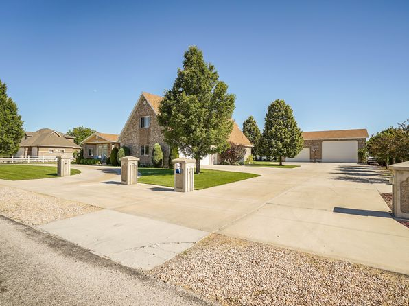 4 bed 4 bath Single Family at 4977 W 3000 S Ogden, UT, 84401 is for sale at 575k - 1 of 36