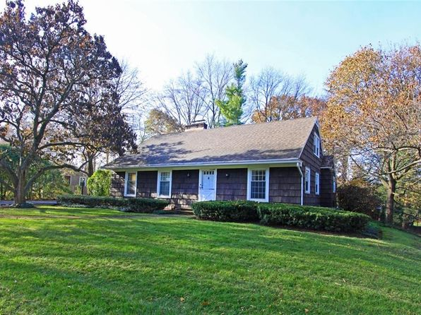 3 bed 3 bath Single Family at 41 Lynacres Blvd Fayetteville, NY, 13066 is for sale at 240k - 1 of 25