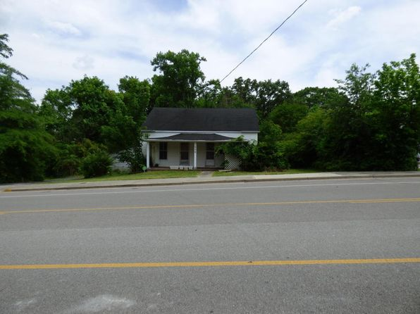 4 bed 2 bath Single Family at 259 Fourth St Crossville, TN, 38555 is for sale at 100k - 1 of 16