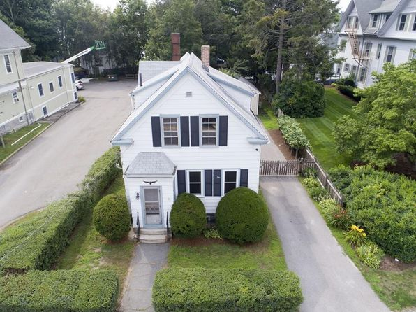 4 bed 2 bath Single Family at 92 Broadway Taunton, MA, 02780 is for sale at 220k - 1 of 29