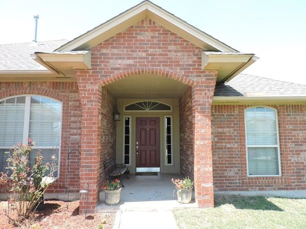 3 bed 2 bath Single Family at 625 N White Tail Way Mustang, OK, 73064 is for sale at 195k - 1 of 31