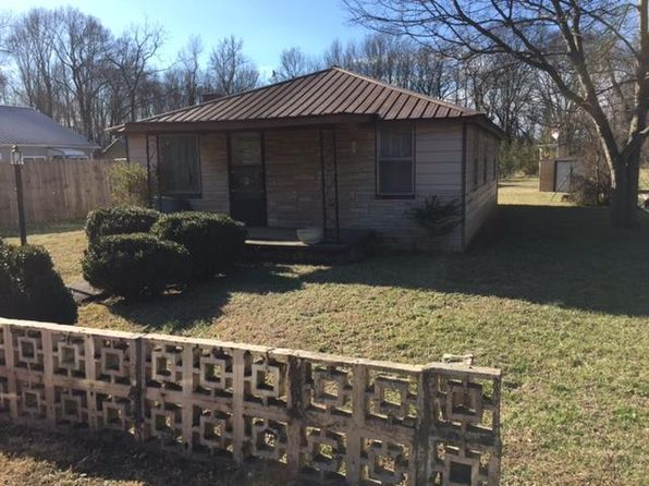 3 bed 1 bath Single Family at 135 SWAIN ST COWAN, TN, 37318 is for sale at 38k - 1 of 8