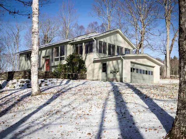 3 bed 2 bath Single Family at 55 High Ridge Rd Saint Johnsbury, VT, 05819 is for sale at 179k - 1 of 20