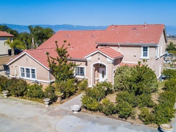 5 bed 4 bath Single Family at 12071 PINE ST BLOOMINGTON, CA, 92316 is for sale at 800k - 1 of 33