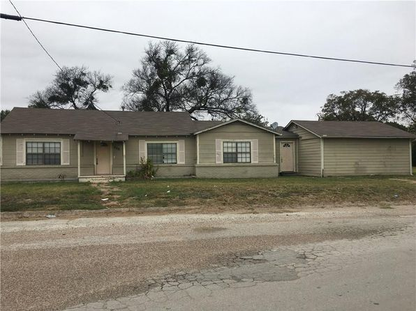 3 bed 2 bath Single Family at 208 W COLLEGE ST BLOOMING GROVE, TX, 76626 is for sale at 31k - 1 of 12