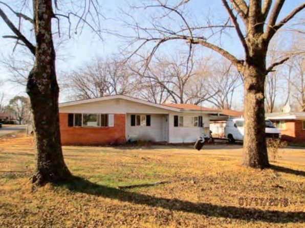 3 bed 2 bath Single Family at 906 S ITHACA AVE RUSSELLVILLE, AR, 72801 is for sale at 55k - 1 of 6
