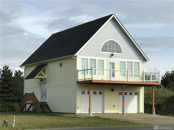 2 bed 2 bath Single Family at 622 Ocean Shores Blvd SW Ocean Shores, WA, 98569 is for sale at 210k - 1 of 25