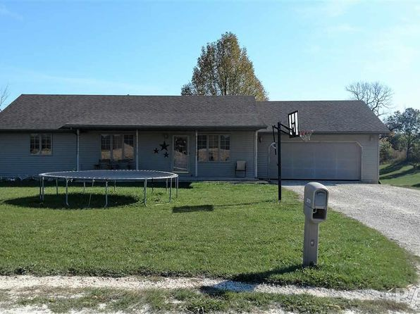 3 bed 2 bath Single Family at 29751 N Indian Trail Rd Canton, IL, 61520 is for sale at 187k - 1 of 22