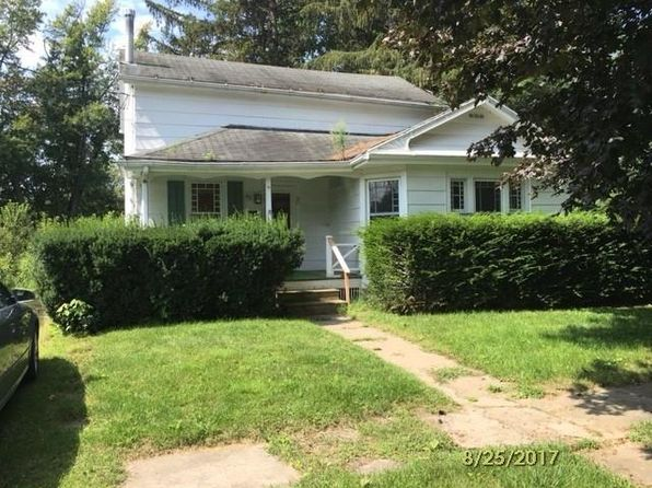 2 bed 1 bath Single Family at 43 N Seneca St Waterloo, NY, 13165 is for sale at 30k - 1 of 11