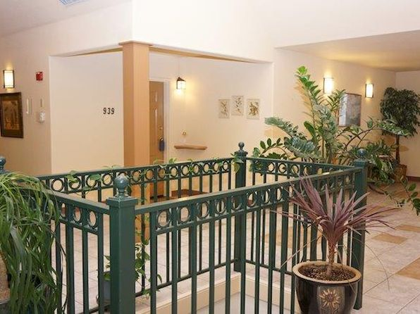 1 bed 1 bath Condo at 939 Mountain Meadows Cir Ashland, OR, 97520 is for sale at 215k - 1 of 14