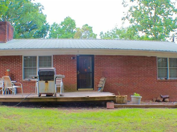 2 bed 3 bath Single Family at 80 Folsom Rd NW Adairsville, GA, 30103 is for sale at 210k - 1 of 29