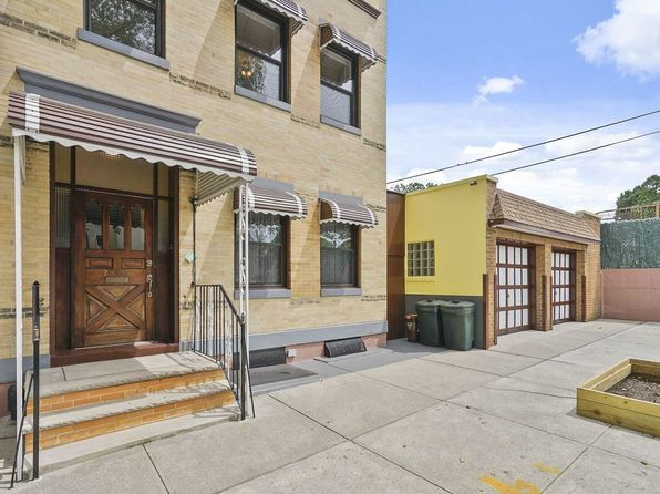 5 bed 3 bath Multi Family at 7353 71st St Glendale, NY, 11385 is for sale at 1.40m - 1 of 50
