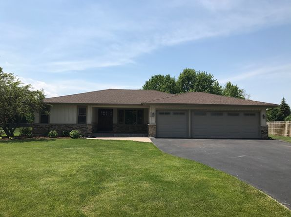4 bed 3 bath Single Family at 250 Thrasher St Bloomingdale, IL, 60108 is for sale at 579k - 1 of 11